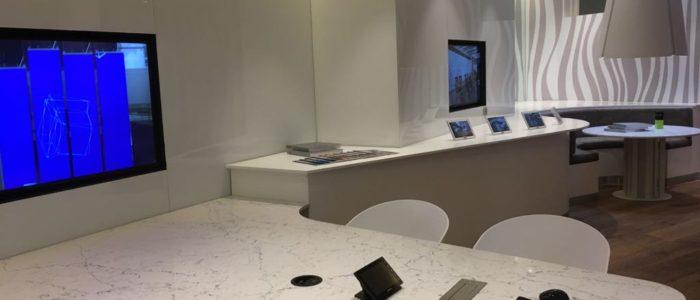 sala profesional de reuniones tecnologicas
